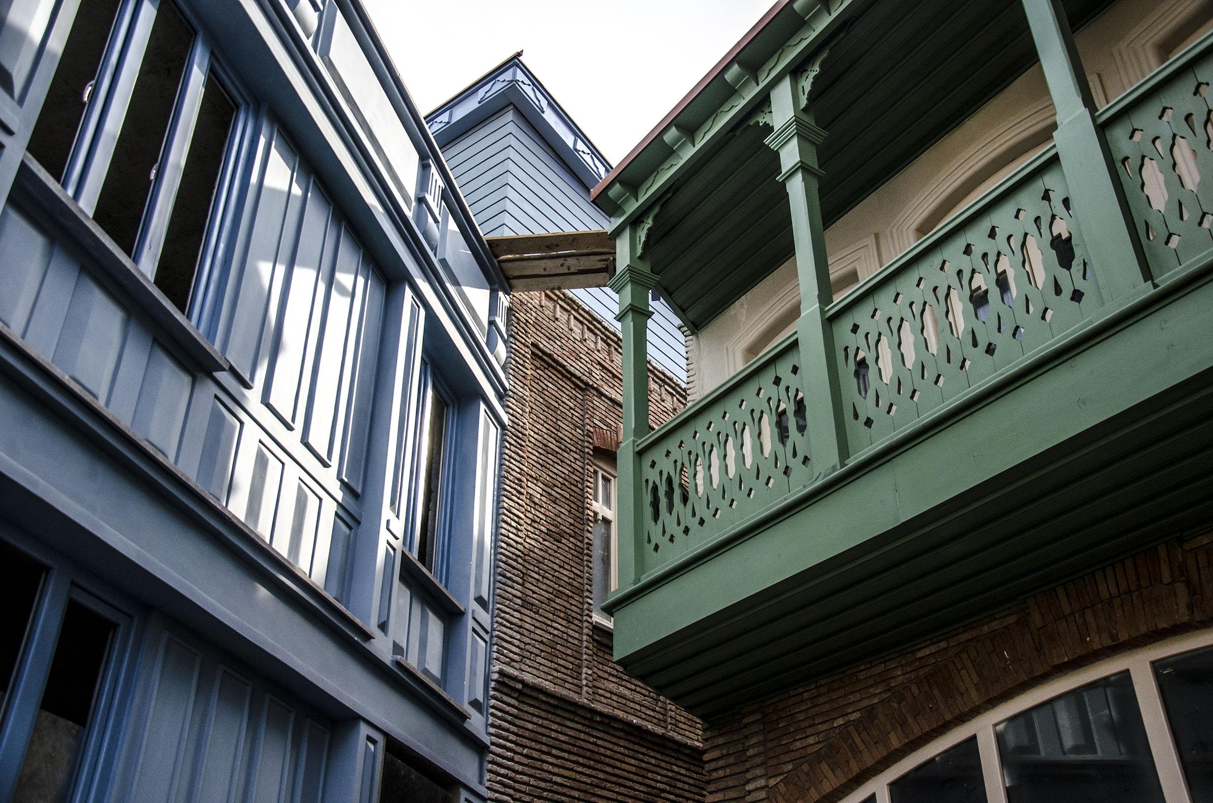 A tutaj odnowione budynki w okolicach starego miasta